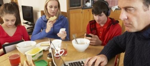 Come gli italiani usano Internet, computer e smartphone