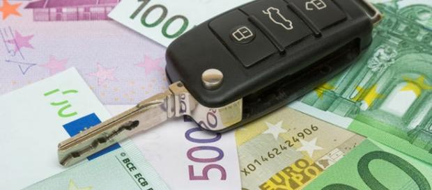Bollo auto 2017: scadenze, tariffe e prescrizione della tassa.
