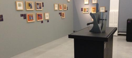 El recorrido planteó en su guión la alternancia entre la pintura, la escultura y el video