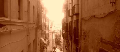 Una passeggiata per le vie strette di Cagliari
