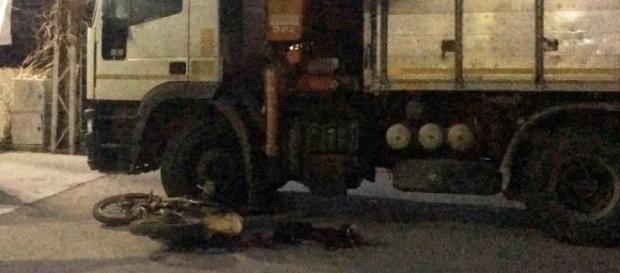 ACCIDENT în ITALIA: ROMÂN pe motocicletă SPULBERAT de un camion