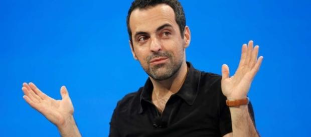 After three years in Xiaomi, Int'l. VP Hugo Barra returns stateside to Facebook. / Photo from 'South China Morning Post' - scmp.com
