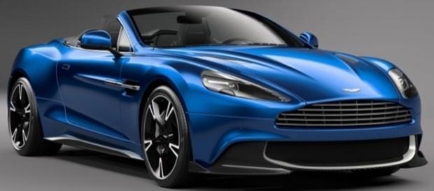 Aston Martin Vanquish S Volante chega aos 323 km/h