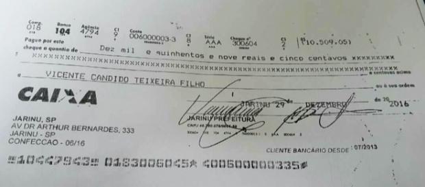 Cheque para o ex prefeito de Jarinu
