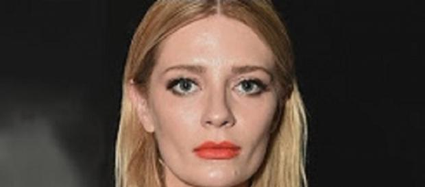 Youtube Entertainment Tonight. Mischa Barton blames GHB for mental breakdown
