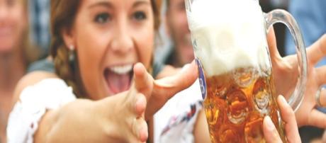 Mulheres que bebem cerveja dificilmente enfartam, diz estudo
