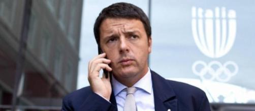 Matteo Renzi costretto a cambiare numero di telefono