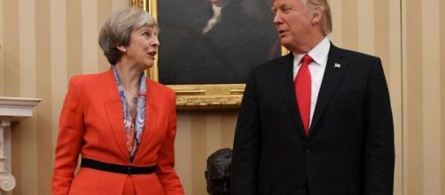 Theresa May e Donald Trump. Fonte: TGCOM24