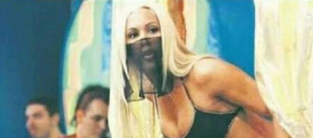 "Joana Prado como ""Feiticeira""."