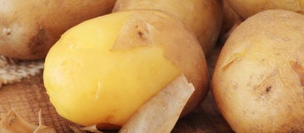 La ricetta delle patate lesse.