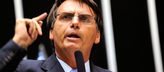 Os tweets sobre o parlamentar conseguiram superar até mesmo tweets sobre programas de grande audiência da Globo.