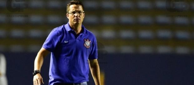 Osmar Loss é o novo auxiliar de Carille no Timão - alchetron.com