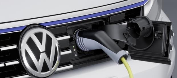 Volkswagen contempla dos modelos 100% eléctricos con al menos 300 ... - motorpasionfuturo.com