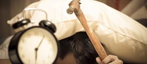 Ativar o botãozinho da soneca pode ser um suicídio, se feito logo pela manhã.