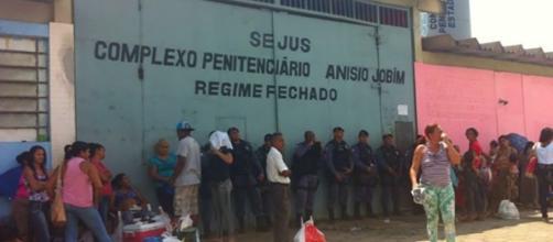 Líderes de massacre em Manaus vão para presídios federais, diz ... - com.br