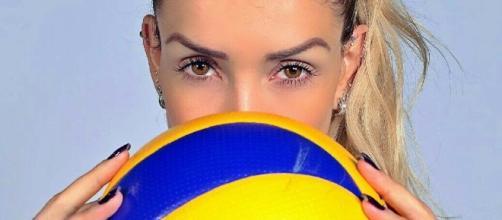 Thaísa é central da seleção brasileira de vôlei
