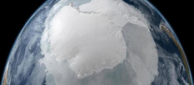 Immagine dell'anomalia in antartide