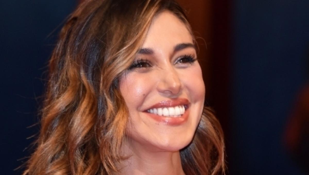 Sconto del 60% buona reputazione la moda più votata Gossip, Belen Rodriguez: un anello 'già visto' per la showgirl?