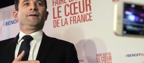 Una immagine di Benoît Hamon durante la corsa alle primarie