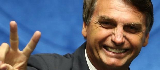 Jair Bolsonaro pretende se candidatar à Presidência do Brasil em 2018