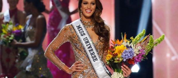 Miss France Iris Mittenaere Crowned Miss Universe 2016 | E! News - eonline.com
