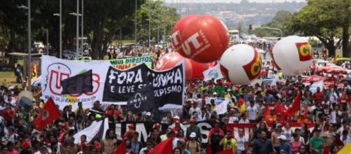 Contraf-CUT conclama os trabalhadores para tomar as... - ContrafCUT - org.br