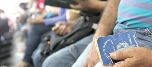 Desemprego no Brasil aumenta, segundo IBGE