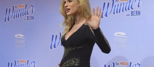 Gossip News: Michelle Hunziker è incinta?