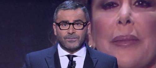 Jorge Javier Vázquez pierde los papeles y monta el espectáculo
