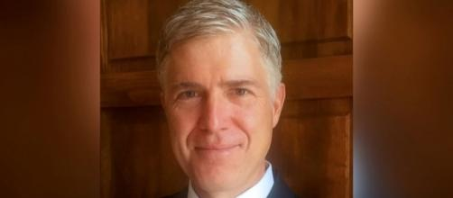 Judge Neil Gorsuch Emerges as Leading Contender for Supreme Court ... - go.com