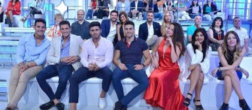 Muchos de los tronistas en un programa especial de MYHYV