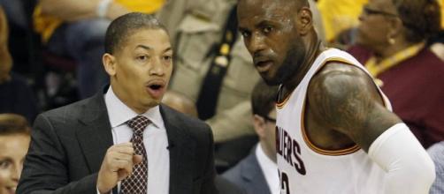 NBA | Cavaliers vs Raptors: Otra fiesta de LeBron (23+11+11) y los ... - as.com