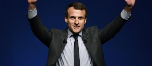 Primaire à gauche : pourquoi Emmanuel Macron peut remercier Benoît Hamon