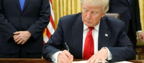 San Francisco demanda a Donald Trump