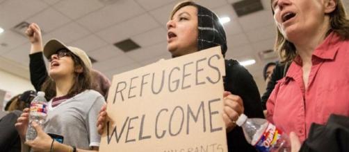 Trump demite secretária de Justiça que criticou medidas anti-imigração - journaloleme.com