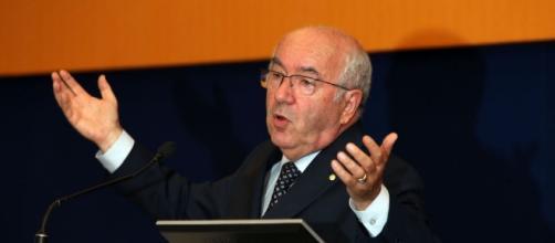 UEFA Investigating Italian FA President Carlo Tavecchio Over ... - worldsoccertalk.com