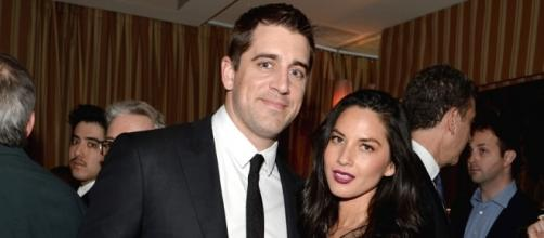 Watch Olivia Munn Talk Aaron Rodgers Engagement Rumors With ... - eonline.com