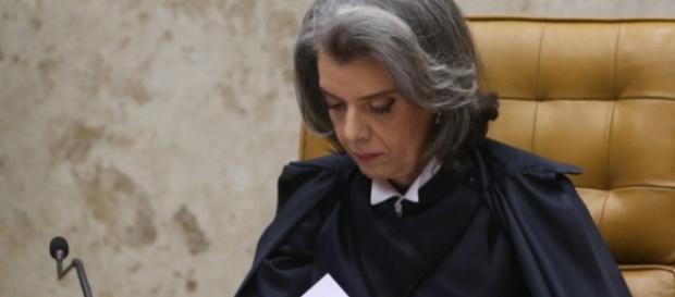 Cármen Lúcia homologa 77 delações da Odebrecht