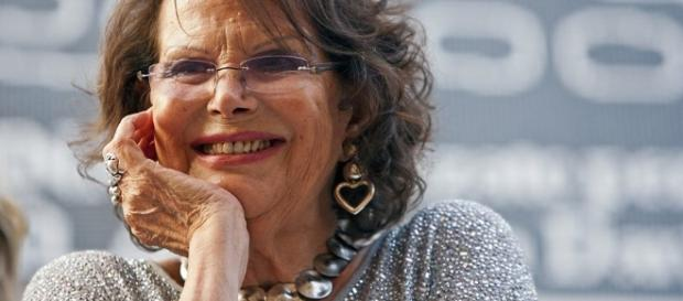 Claudia Cardinale: «Non mi sono mai ritoccata» - VanityFair.it - vanityfair.it
