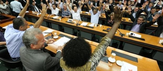 Deputados do PT decidiram, por unanimidade, apoio a André Figueiredo. Foto: Lula Marques/Agência PT de Notícias