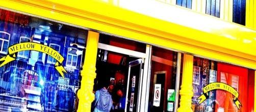 Amsterdam, chiude lo storico coffeeshop Mellow Yellow