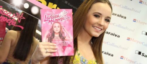 Larissa Manoela publicou um livro em 2016 (Foto: Arquivo)