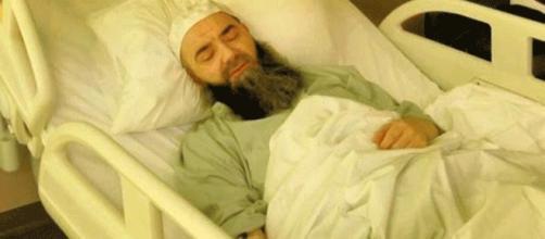 Le télé-prédicateur turc hospitalisé à la suite d'une indigestion de pièces d'échecs ?