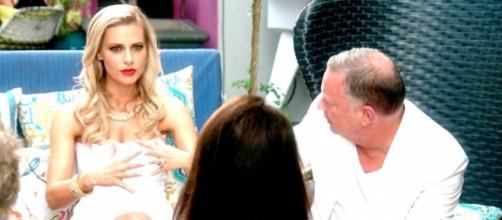 """Lisa Rinna Calls Dorit Kemsley's Husband a """"Pervert"""" - tvdeets.com"""