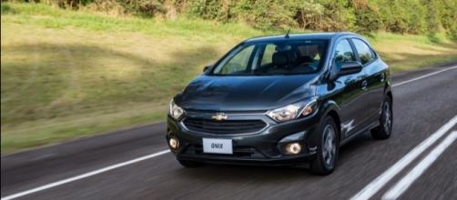 O Chevrolet Onix conquistou o bicampeonato nacional, com mais de 153 mil unidades vendidas no ano passado