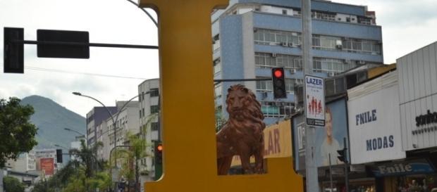 Estátua do Leão na Rua Dias da Cruz