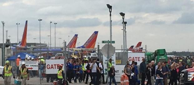 Etats-Unis : fusillade mortelle à l'aéroport de Fort Lauderdale ... - rfi.fr