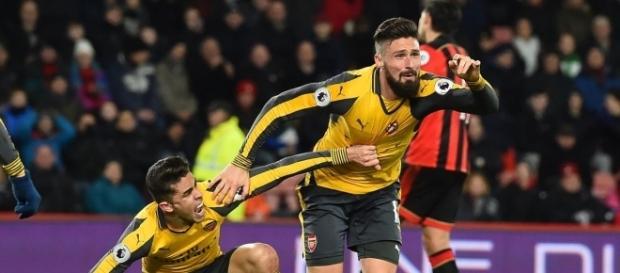 Olivier Giroud celebra el gol del empate en el descuento
