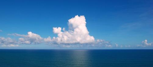 Clouds gather over the Atlantic Ocean. Wikipedia - Tiago Fioreze