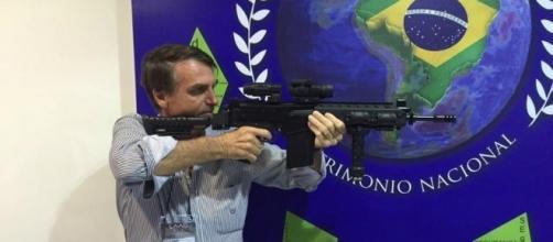 Em meio a críticas, Bolsonaro confirma vinda à MS - O Liberdade ... - com.br